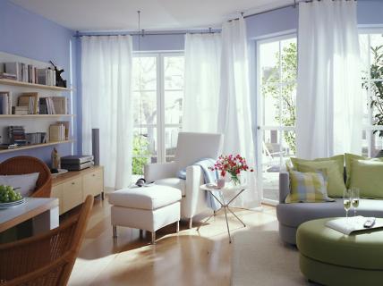 design : wohnzimmer blau holz ~ inspirierende bilder von ... - Wohnzimmer Blau Weis